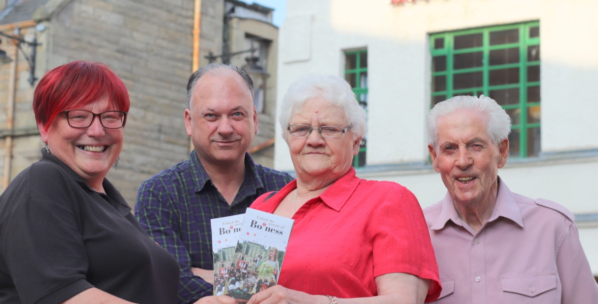 Representatives from Bo'ness with the revamped leaflet.
