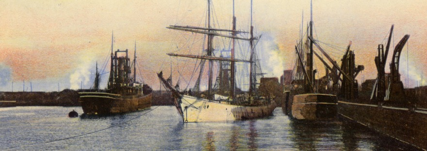 Postcard image of Bo'ness docks